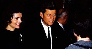 John y Jackie Kennedy en campaña (Appleton, Wisconsin), marzo de 1960. WikiCommons